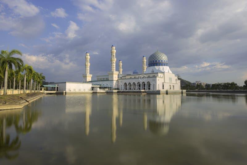 Masjid Bandaraya en Kota Kinabalu, Malaisie photographie stock libre de droits