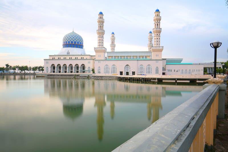Masjid Bandaraya Kota Kinabalu, Sabah Borneo Malaysia imagens de stock royalty free