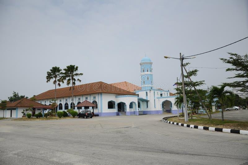 Masjid Jamek Dato Bentara Luar in Batu Pahat, Johor, Malaysia. BATU PAHAT, MALAYSIA – JANUARY, 2014: Masjid Jamek Dato Bentara Luar is a old mosque build royalty free stock photo