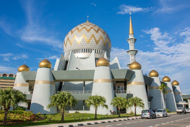 Masjid Negeri Sabah är den statliga moskén av Sabah i Kota Kinabalu fotografering för bildbyråer