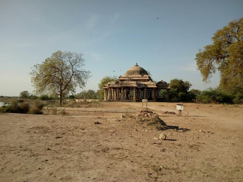 Masjid perto do lago de khan fotografia de stock
