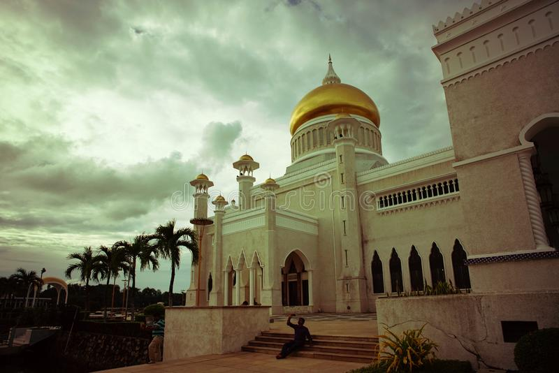 Masjid Sultan Omar Ali Saifuddin Mosque in Brunei stock afbeeldingen