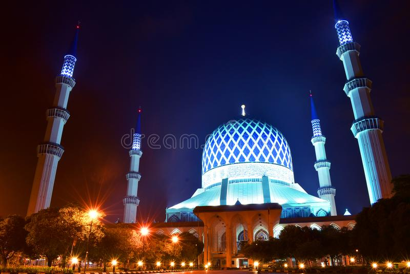 Masjid sultan salahuddin abdul aziz shah royalty free stock photography
