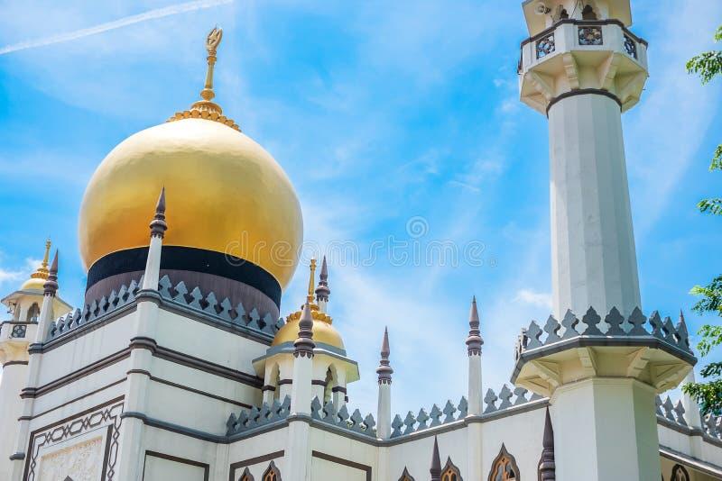 Masjid sultan, Singapore moské i historisk KampongGlam med Golden Dome och enorm bönkorridor, brännpunkten för Singapore royaltyfri fotografi