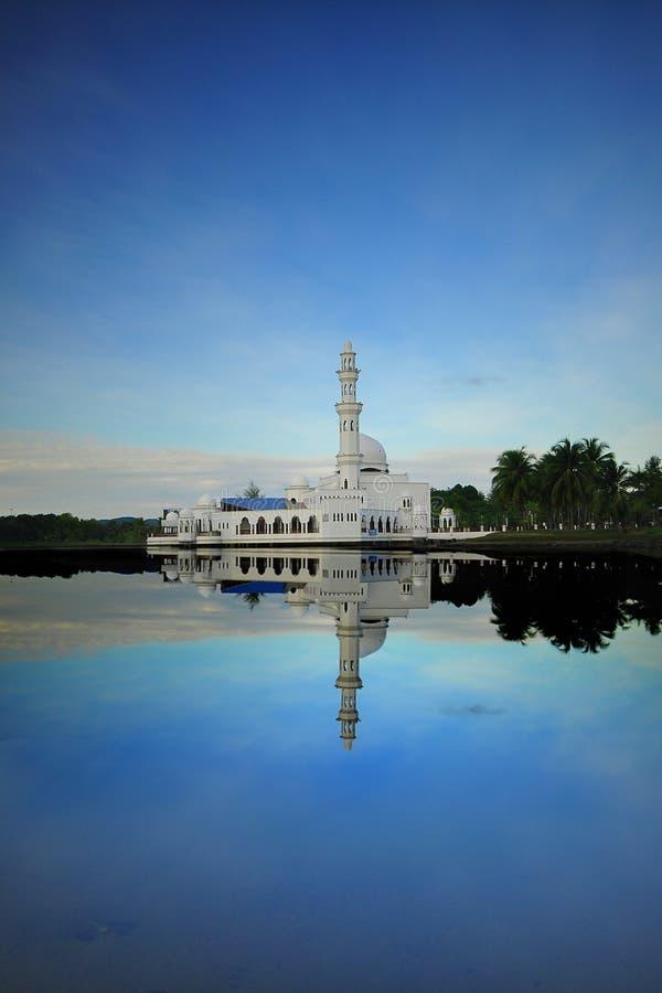 Masjid Tengku Tengah Zaharah, Kuala Ibai, Terengganu, Malesia immagine stock libera da diritti