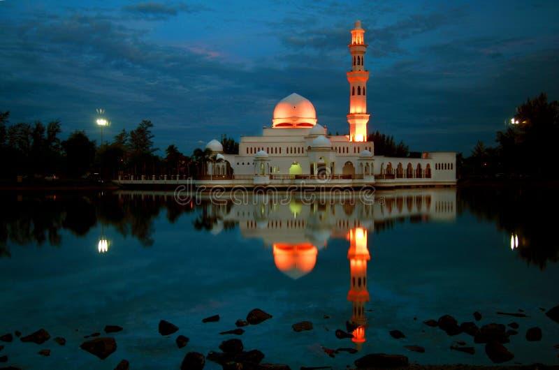 Masjid Terapung all'alba fotografia stock libera da diritti
