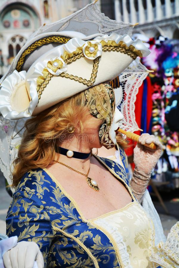 Maske in den blauen Farben, Venedig, Italien, Europa stockbild