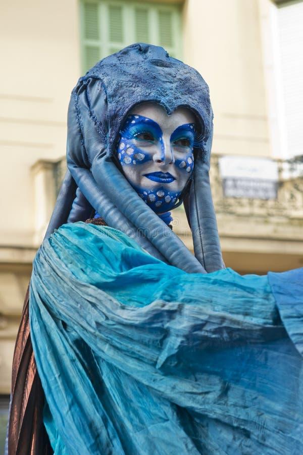 Masker dans le défilé de festival de citron image libre de droits