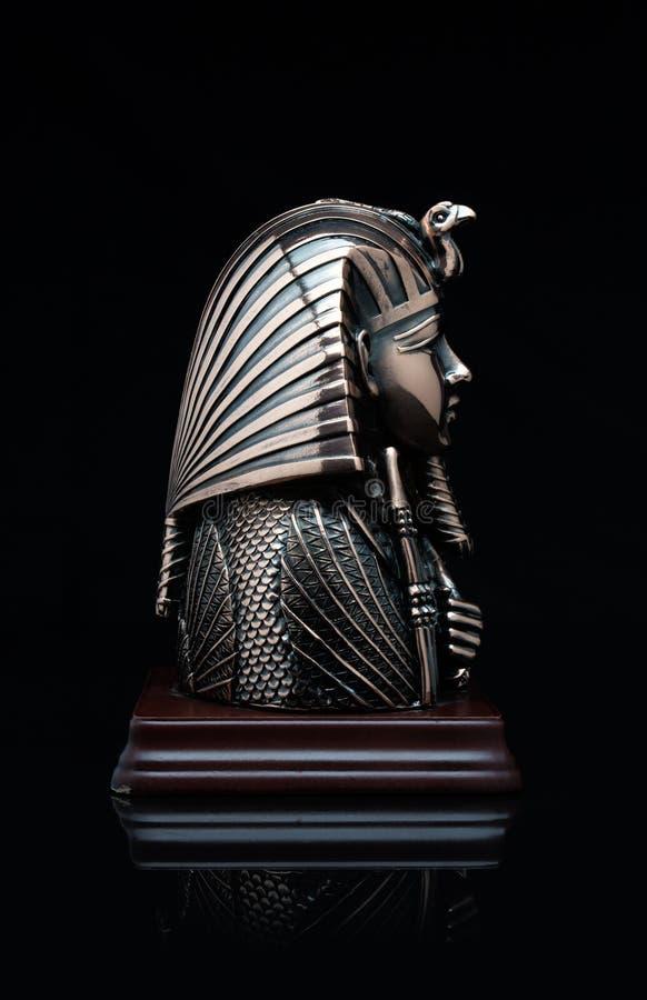 Maskering av farao arkivbild