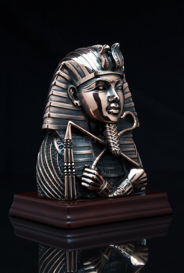 Maskering av farao royaltyfria bilder