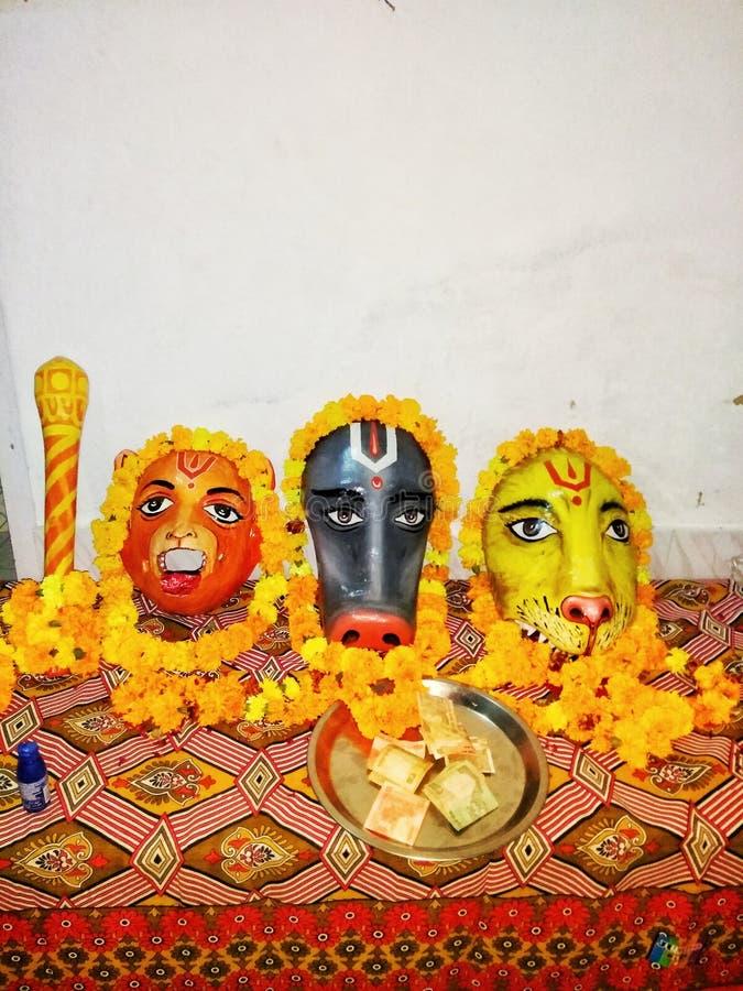 Maskeringen - indisk gudmaskering arkivfoto