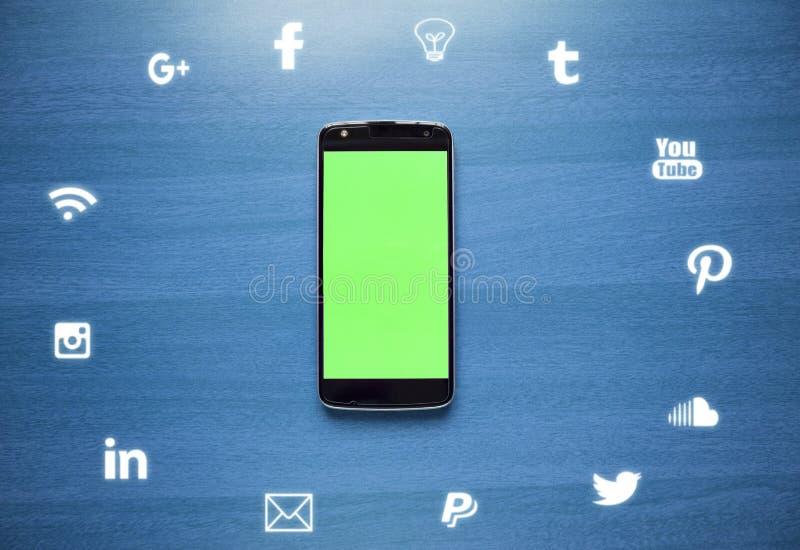 Maski、印度- 2019年7月7日-社会媒介、互联网和通信的平的被放置的图象陈列概念与象 向量例证