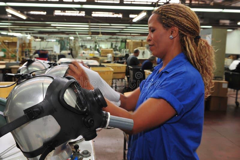 Maski gazowe fabryczne obrazy royalty free