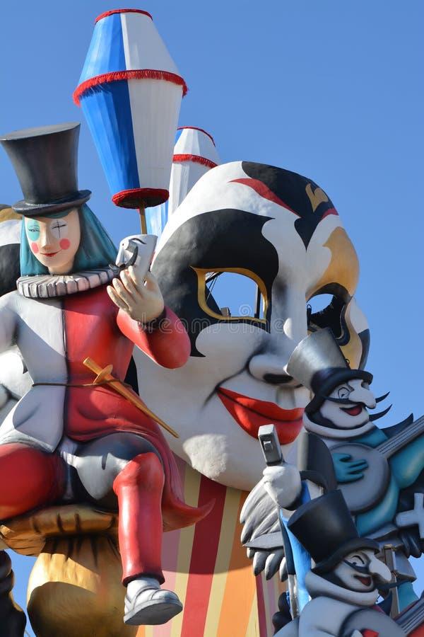 Maski i zabawa przy karnawałem Fano w Marche, Włochy obraz royalty free