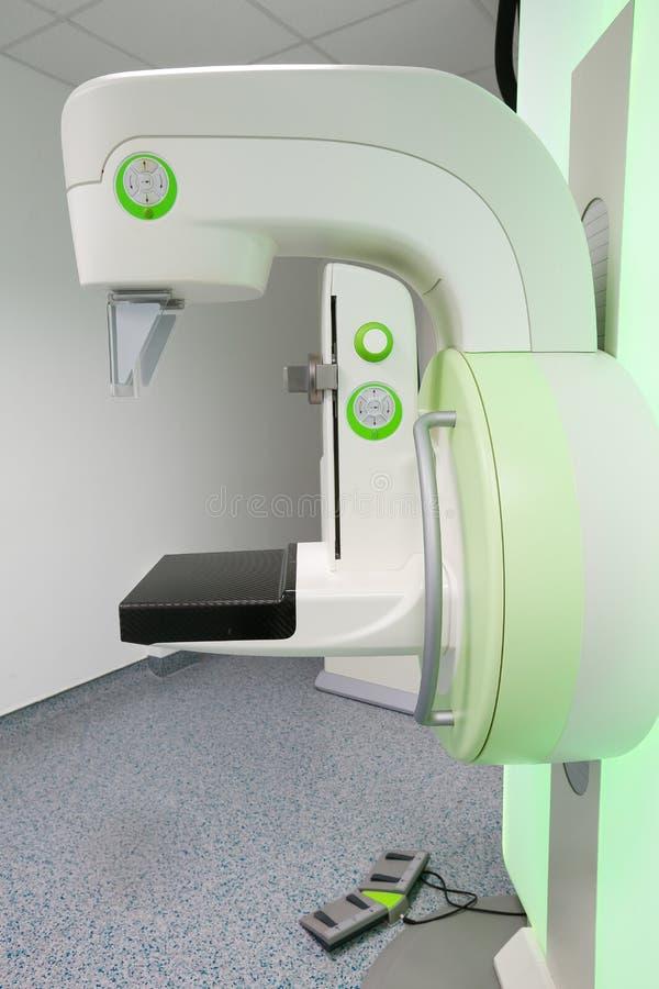 Maskin för Mammographybröstrastrering arkivfoton