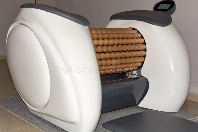 Maskiner för massage för rullShaper lymfatiska arkivbild