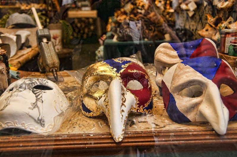 Maskmakers商店在威尼斯意大利 库存图片