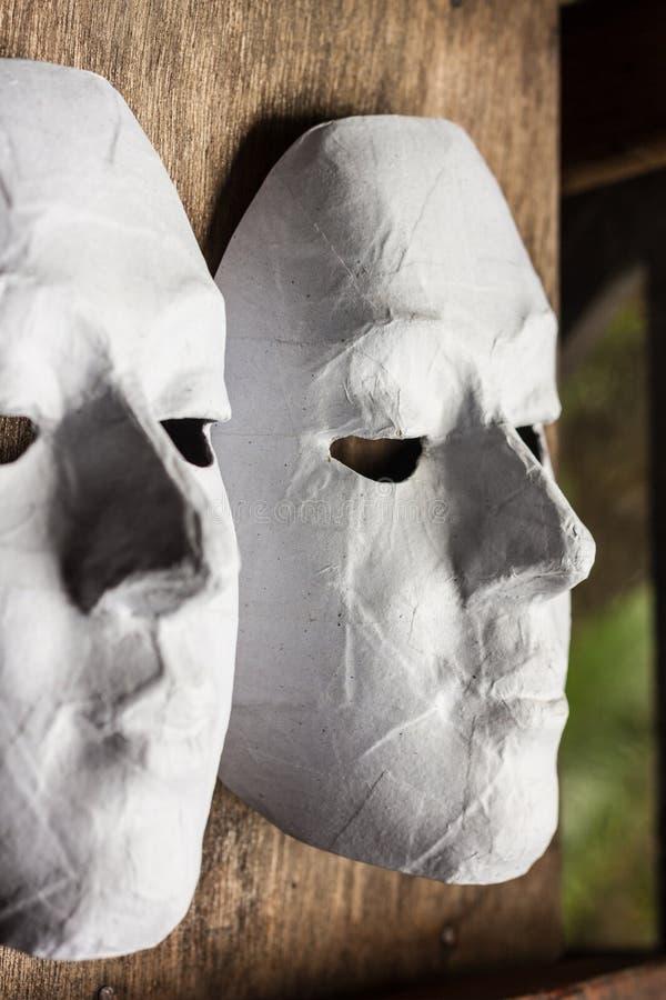 maskuje biel obraz stock