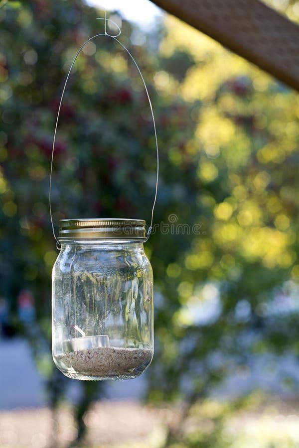 Mason Jar no feixe de madeira imagem de stock royalty free