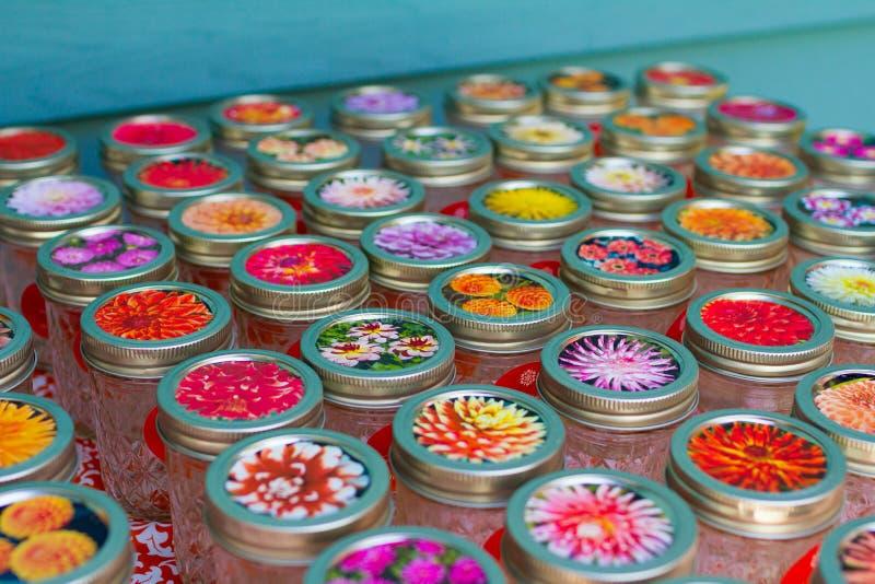 Mason Jars At Wedding Reception royaltyfri bild