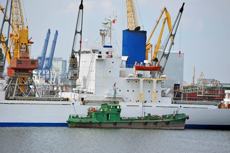 Masowego ładunku i bunkieru statek zdjęcie stock
