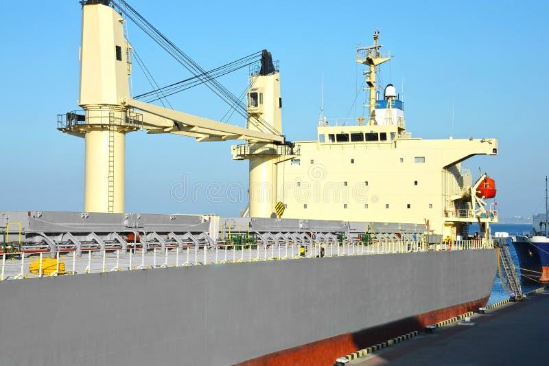 Masowego przewoźnika statek zdjęcie stock