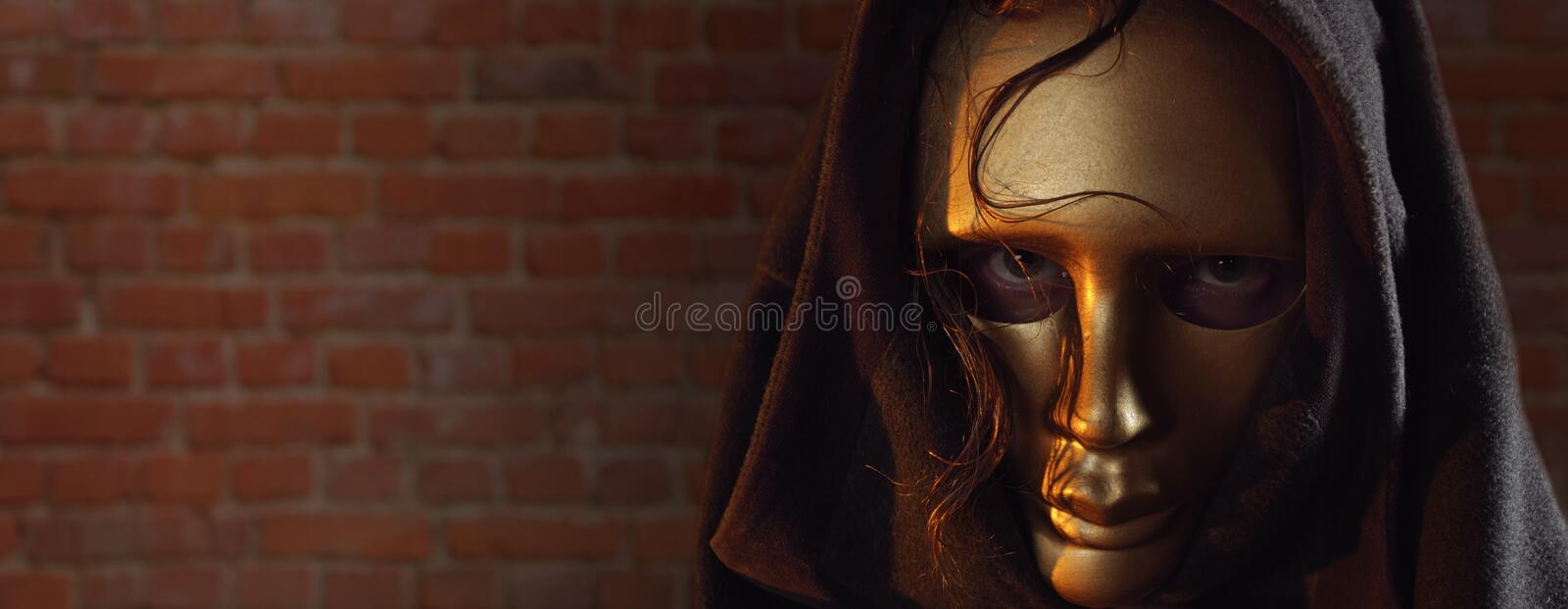 Masque d'or. image stock
