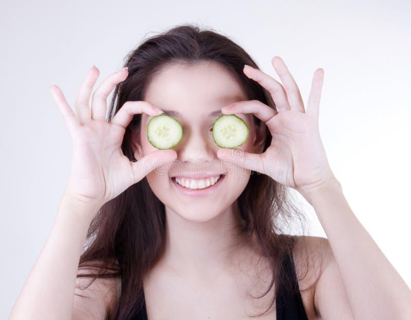 Masque de concombre de station thermale images libres de droits