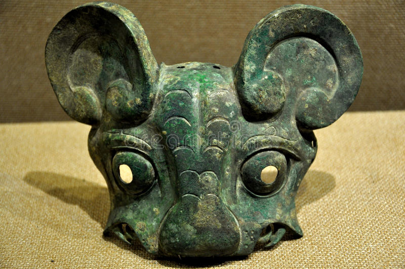 Masque en bronze de tigre image libre de droits