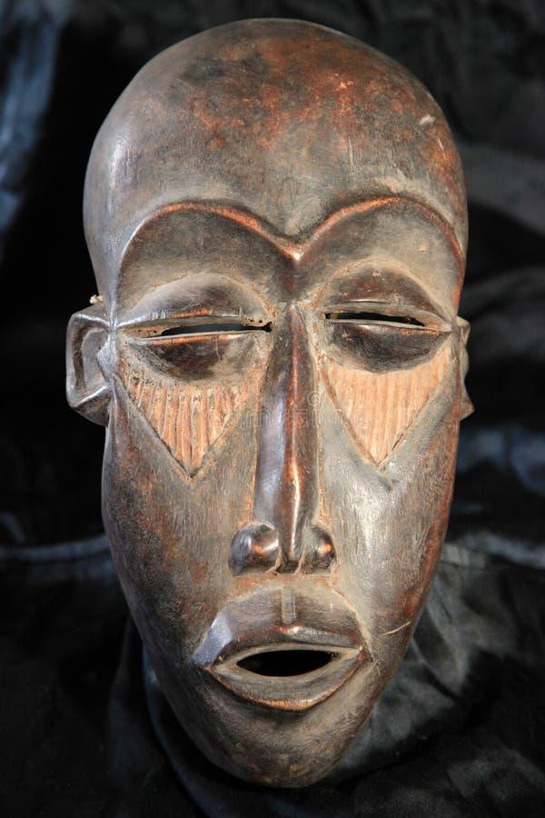 Masque tribal africain - tribu de Lega photo stock