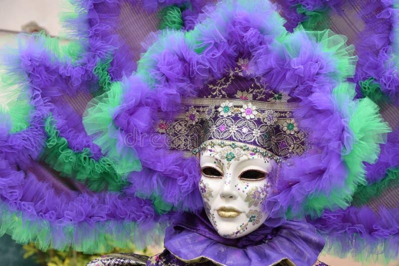 Masque vénitien de carnaval traditionnel images stock