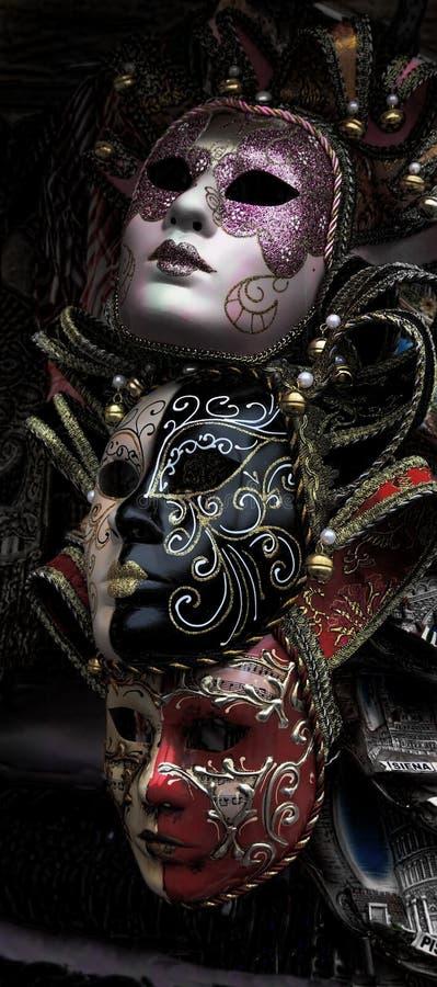 Masque vénitien traditionnel Le masque vénitien est un symbole traditionnel du carnaval vénitien annuel images libres de droits