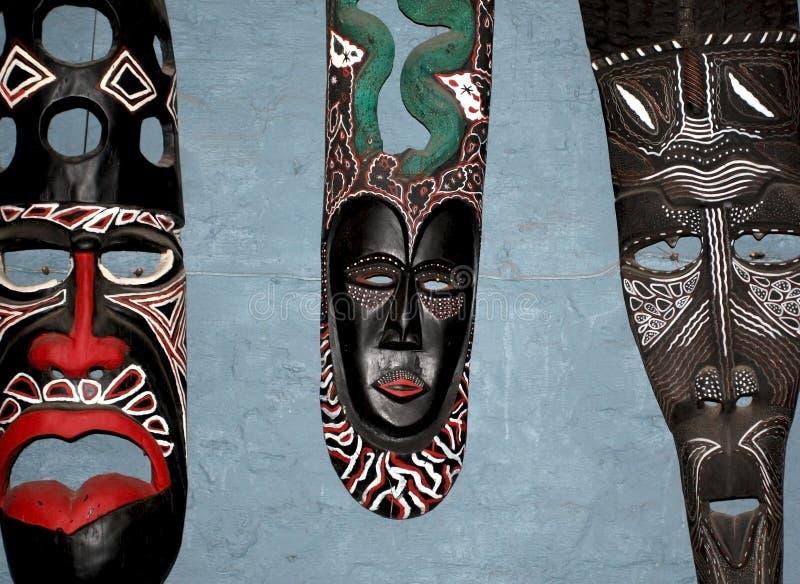 masque africain du zimbabwe