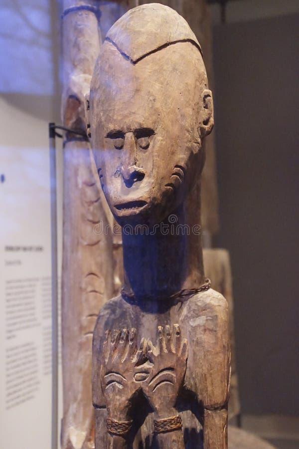 Masques de danse traditionnelle de la Papouasie, Nouvelle-Guinée images stock