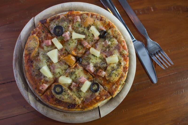 A massa caseiro da pizza fotografia de stock royalty free