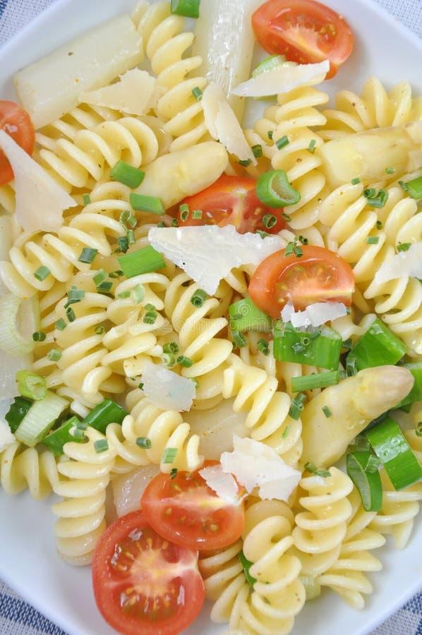 Download Massa com aspargo foto de stock. Imagem de herb, alimento - 29838042