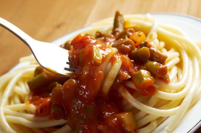 Download Massa com molho de tomate foto de stock. Imagem de placa - 29846594