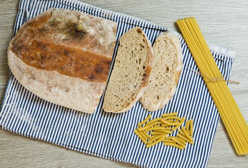 Massa e pão do ciabatta foto de stock royalty free
