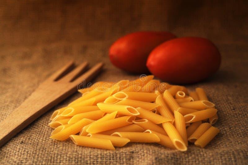 Massa e tomate imagem de stock