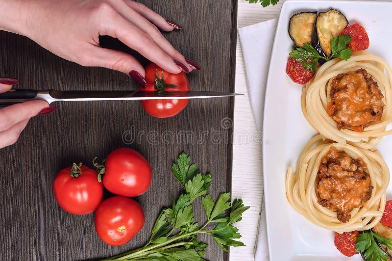 Massa italiana com carne em um café jantar no restaurante han fotos de stock royalty free