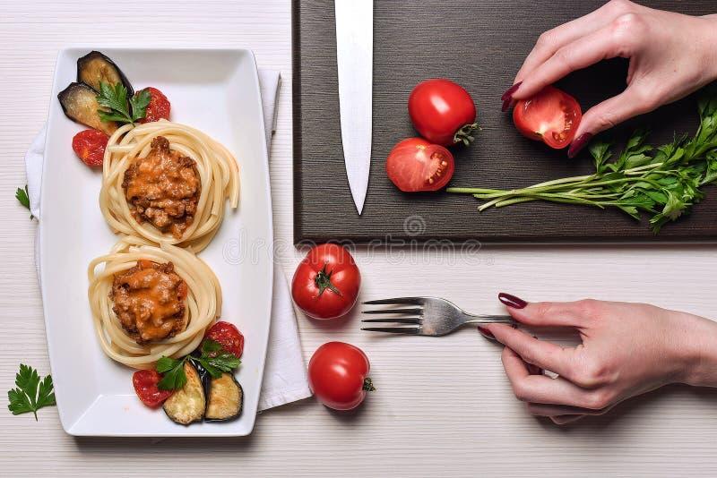 Massa italiana com carne em um café jantar no restaurante han imagem de stock royalty free