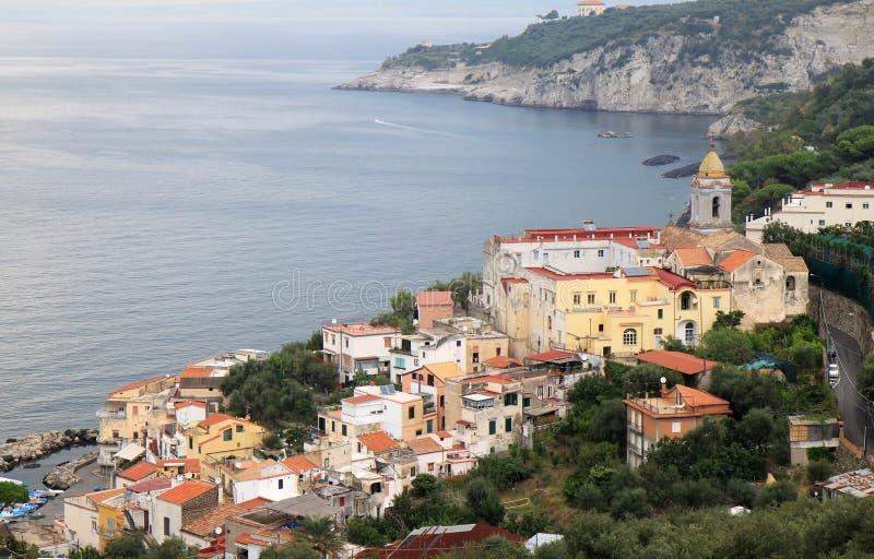 Massa Lubrense κατά μήκος της ακτής της Αμάλφης, Ιταλία στοκ εικόνα με δικαίωμα ελεύθερης χρήσης