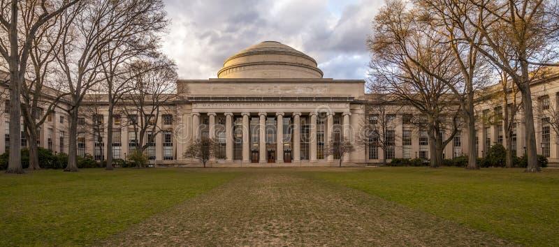 أفضل 10 جامعات في أمريكا