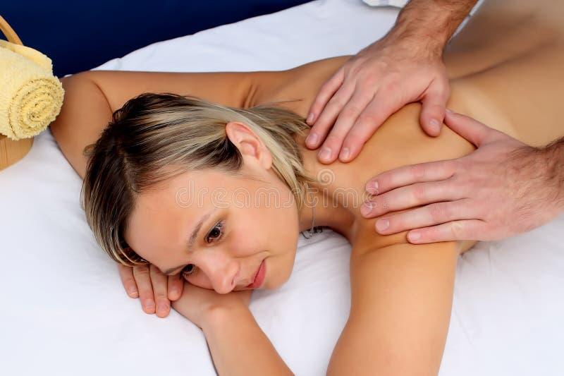 Massage lizenzfreie stockfotografie