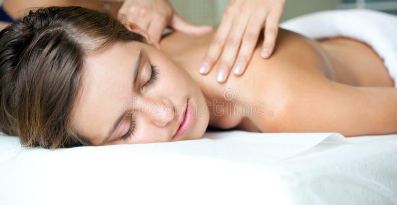 Download Massage stockfoto. Bild von tuch, massage, badekurort - 26364230