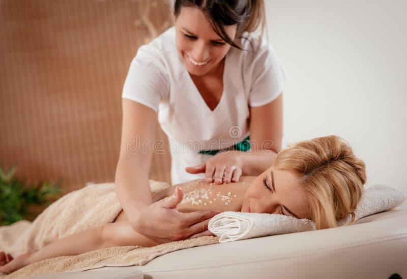 Massage arrière image stock