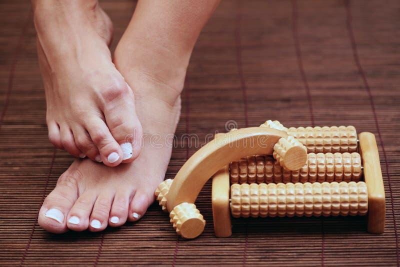Massage de pied photo libre de droits