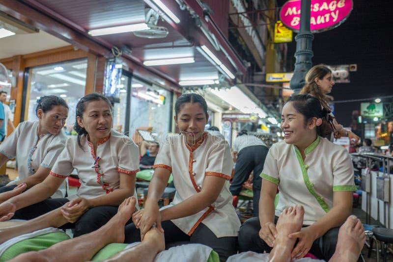 Massage de pied dans Thaialnd photos libres de droits