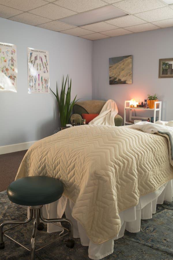 Massage-Tabelle stockbilder