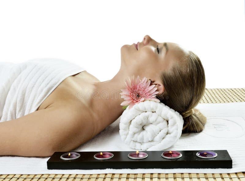 Massage am Tagesbadekurort stockfotografie